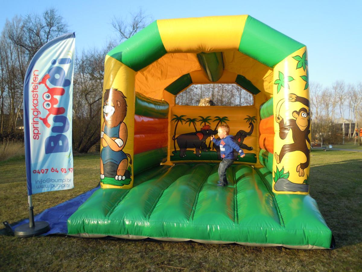 Springkasteel  u0026#39;De Jungle u0026#39;   Verhuur springkastelen en feestorganisatie regio Oudenburg   Bumpi